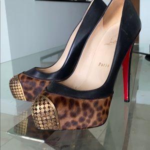 Christian Louboutin black leather leopard pump